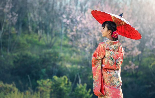 Gửi quần áo, giày dép, trang sức đi Nhật Bản