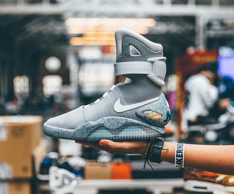 Mua hộ giày Sneaker từ nước ngoài